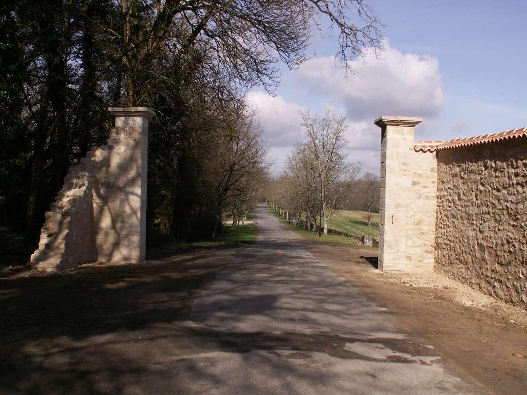 Saint-Auvent : Les allées du Château